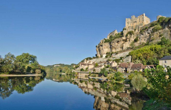 Dordogne family bike tour